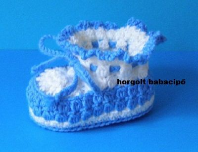 0e343dbb7d 51. sz. kék-fehér babacipő ára: 2000 Ft