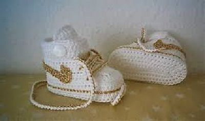 1b96414671 21.sz. horgolt sport cipő ára: 2000 Ft. sport_babacio_1.jpg. 22.sz. horgolt  Adidas tipusú cipő ára: 2000 Ft